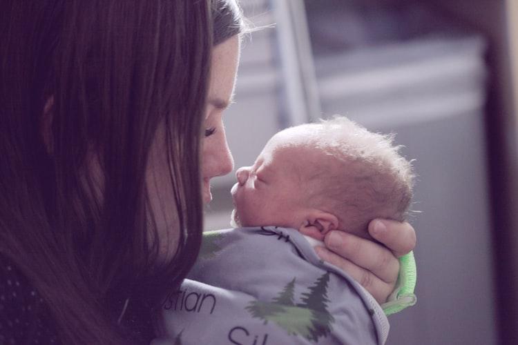 What Are The Symptoms Of Postpartum Depression?